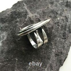 Anna Greta Eker Modernist WIRE Silver Ring Plus Studio Norway Plus Designs